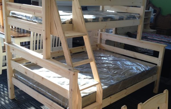 Tri-bunk Bed