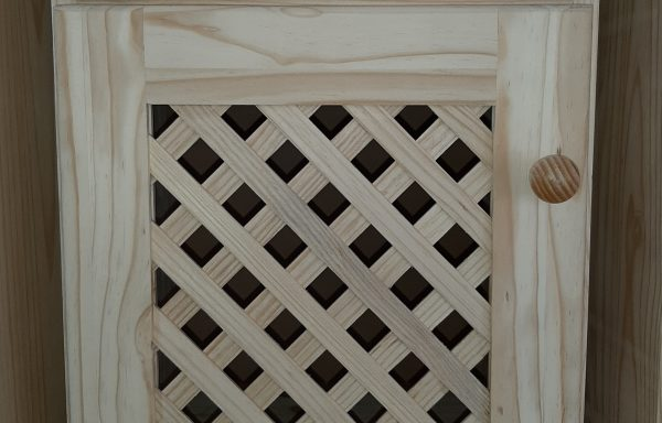 Standard Lattice Door Pedestal