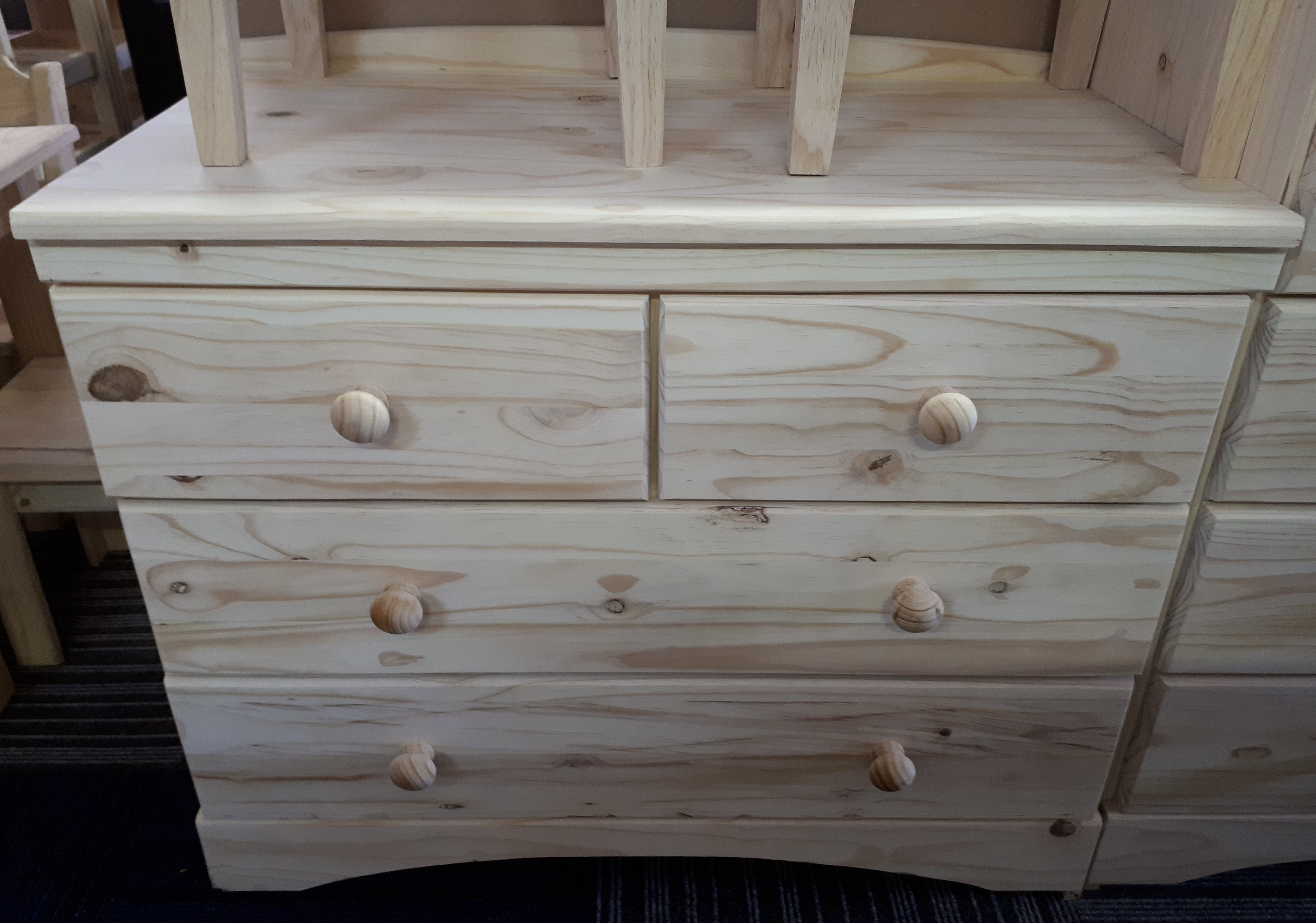 Chest of Drawers GB2+2