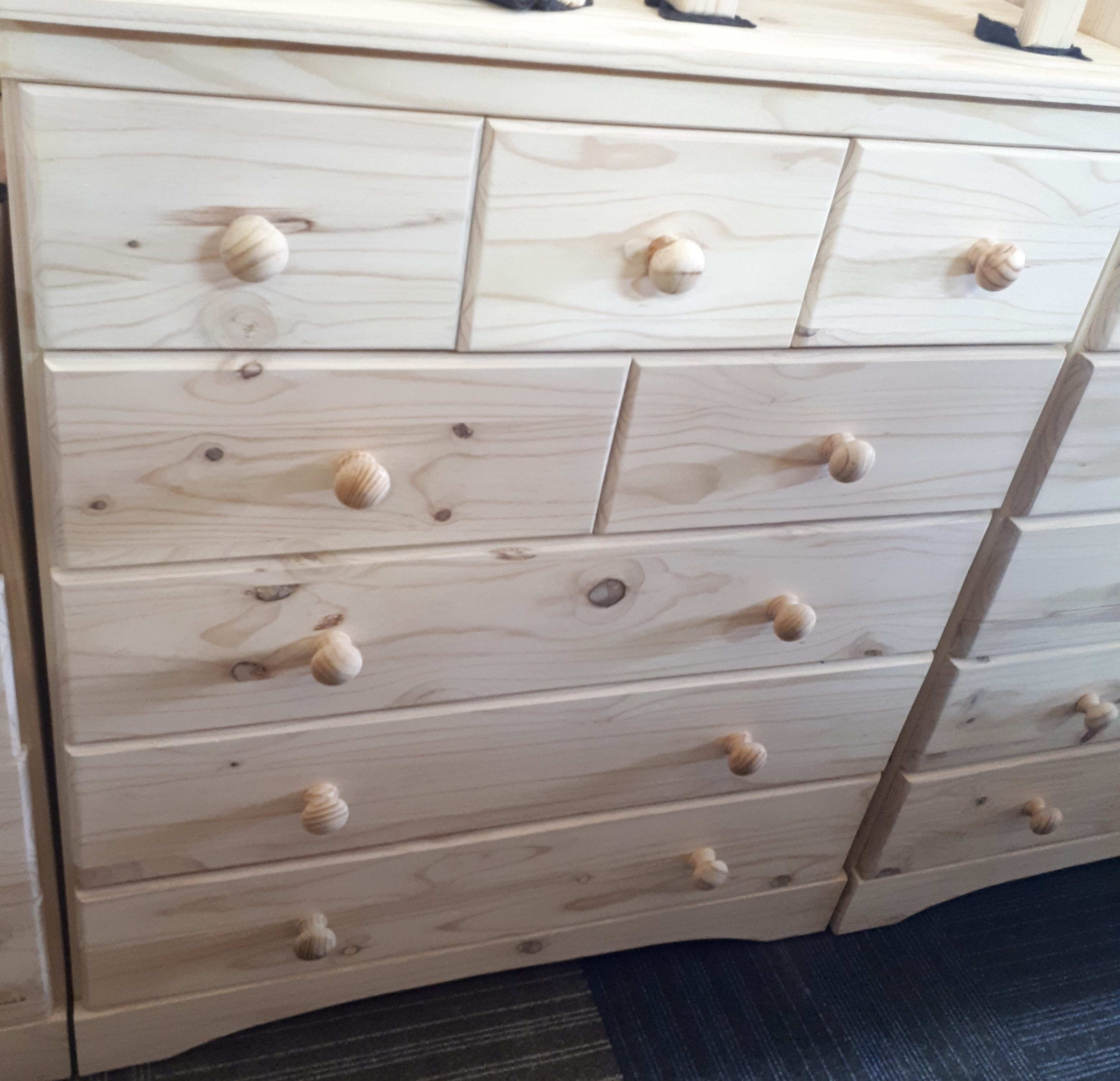 Chest of Drawers GB3+2+3