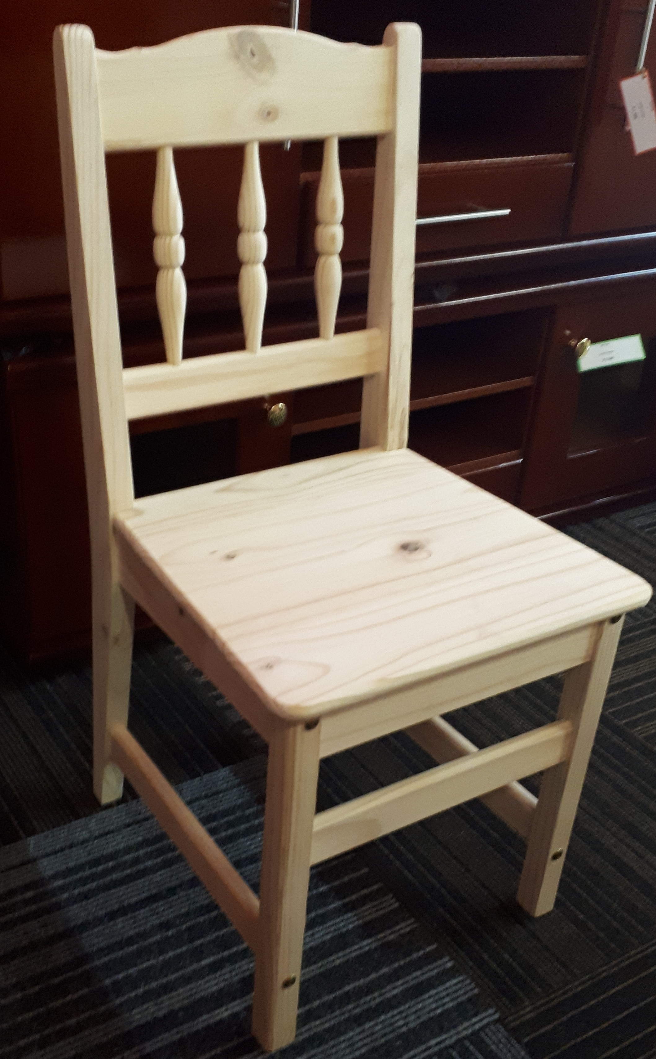 Spindle Lowback Chair