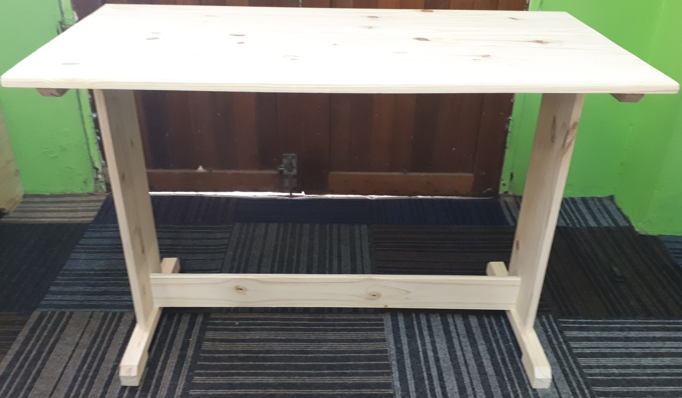 Desk 1200×600 no Drawers