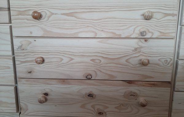 GD3 Chest of Drawers 900 wide x 900 high with runners