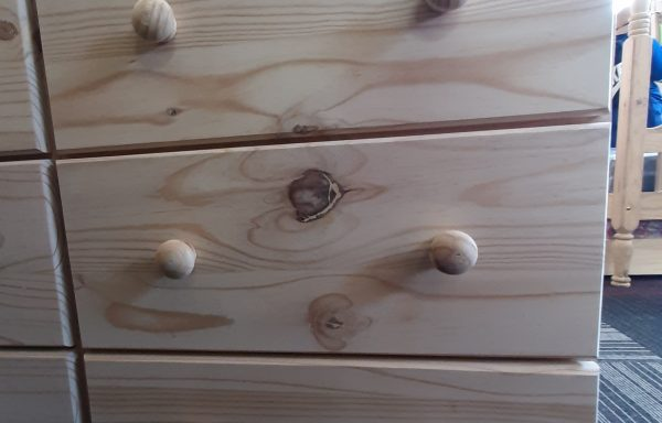 600mm Wide Chest of Drawers GMD3 with runners