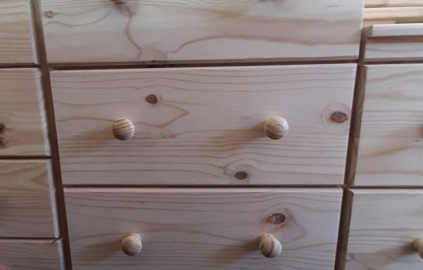 600mm Wide Chest of Drawers GMD4 with runners