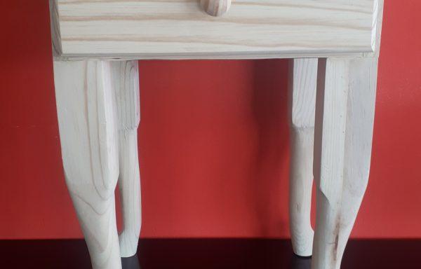 1 Drawer Queen Anne Pedestal